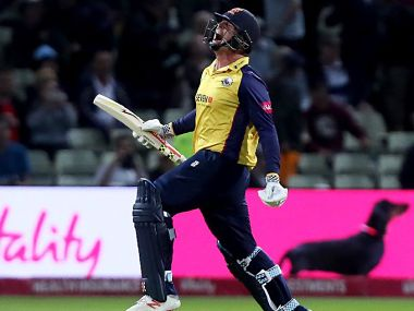 T20 Blast: Captain Simon Harmer's all-round performance helps Essex beat Worcestershire in dramatic final