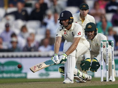 Ashes 2019: Jos Buttler leads England's fightback on opening day of fifth Test following batting collapse