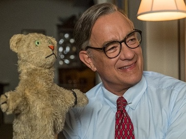 A Beautiful Day In The Neighborhood Review Roundup Tom Hanks Charms As Fred Rogers And Is Coming For Oscar No 3 Entertainment News Firstpost