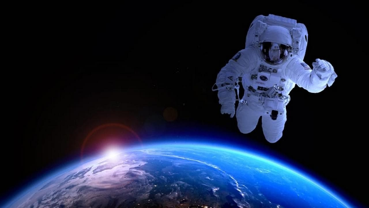 Pakistan aims to send its first astronaut to space by 2022, will take help from China