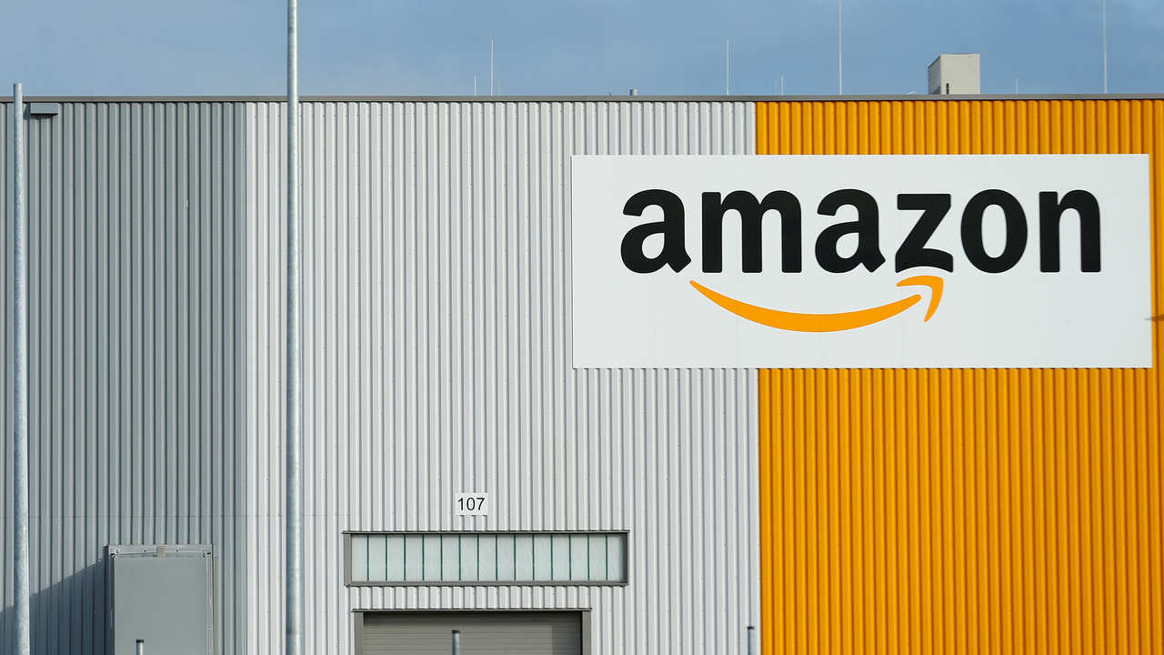 How Amazons AWS arm allegedly makes profits off open-source software; leaving cloud computing startups languishing