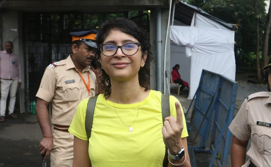 Kiran Rao accompanied Aamir Khan to a polling station in Bandra and posed for pictures after casting her vote. Image Courtesy: Sachin Gokhale