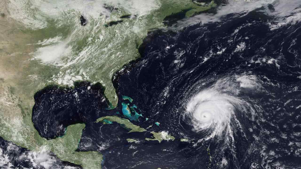 Big storms can trigger stormquakes that shake the seafloor, but arent dangerous to people