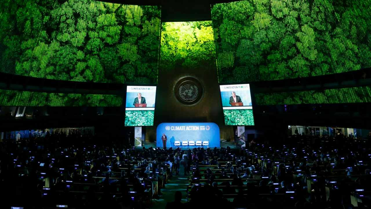 Secretary-General Antonio Guterres addresses the Climate Summit in the U.N. General Assembly, Sept. 23, 2019. Image credit: AP Photo/Jason DeCrow