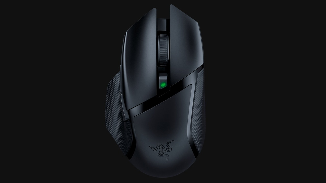 The Razer Basilisk X Hyperspeed can function for up to 485 hours (Bluetooth mode). Image: Razer