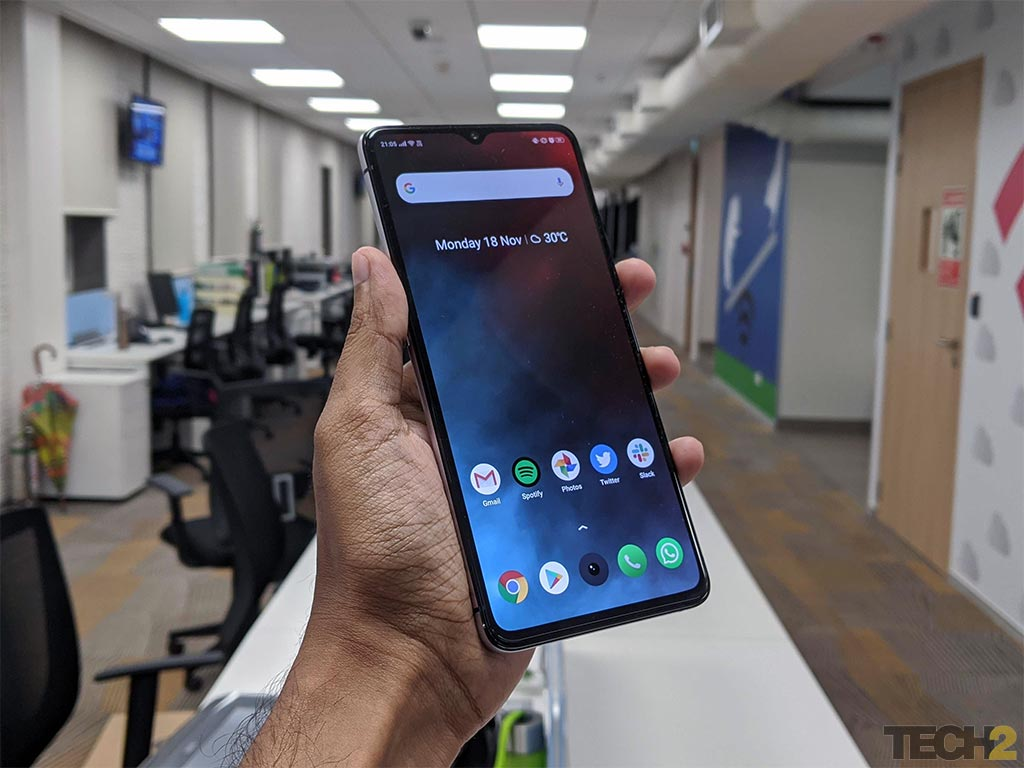From Realme X2 Pro to Samsung Galaxy S9 Plus: Best phones under Rs 30,000