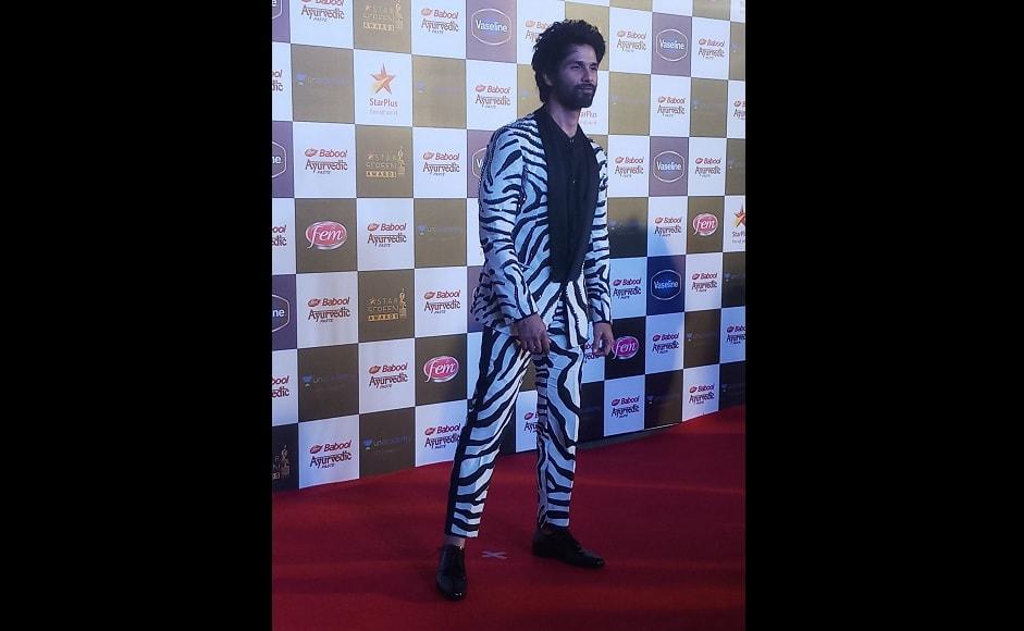 Shahid Kapoor seems sharp in a black & white printed suit | Image - Simran Singh