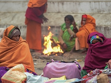 Cold wave grips North India: Frosty Christmas for Delhi, Punjab, Haryana, Jammu and Kashmir as temperature dips below 6°