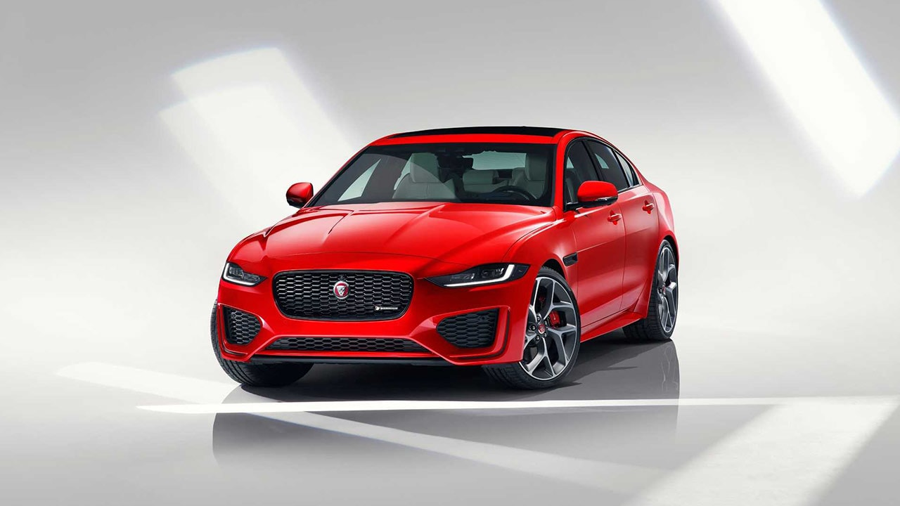 Jaguar XE facelift launched in India, starts at a price of Rs 44.98 lakh