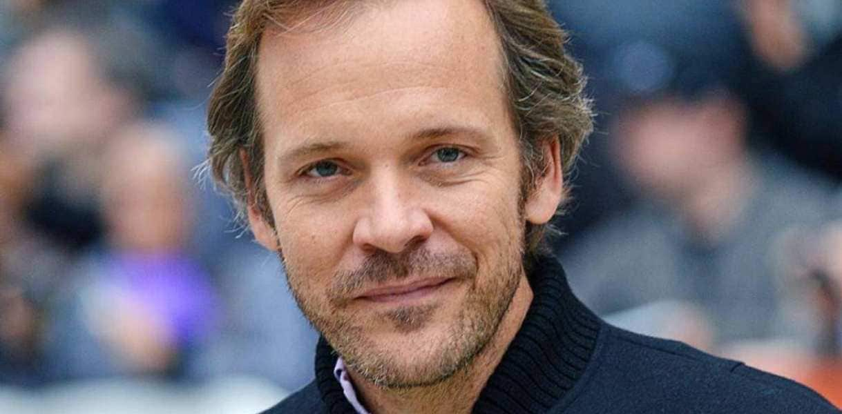 The Batman, fronted by Robert Pattinson, ropes in Peter Sarsgaard; actor to reportedly play villain Harvey Dent- Entertainment News, Firstpost