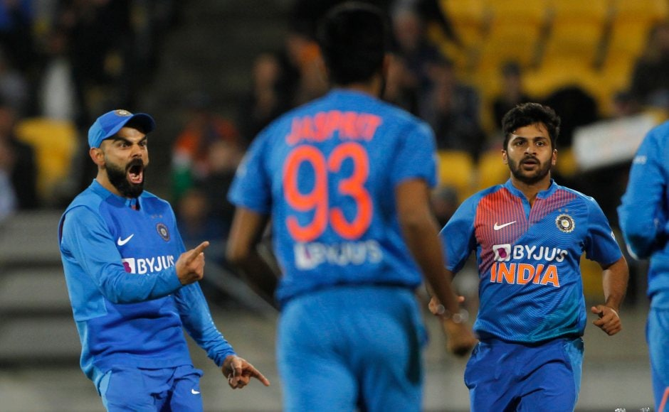 Shardul Thakur (R) bowled a brilliant final over in regular play where he defended seven runs in his final over. The Black Caps were only able to collect six runs which led to a tie. Image courtesy: Twitter @BCCI