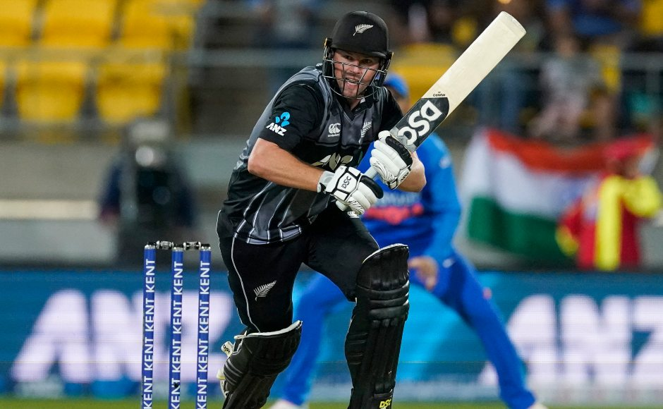 New Zealand opener Colin Munro struck a quickfire fifty and looked good to see his side through until Virat Kohli ran him out with a direct-hitcompleting a relay throw. AP