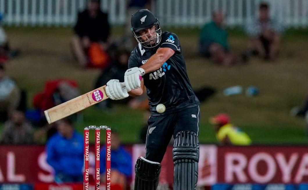 New Zealand's Colin de Grandhomme scored a breezy 58 off just 28 balls while batting lower down the order to help the home team chase down India's total of 296/7, winning the third ODI by five wickets with 17 balls remaining. AP
