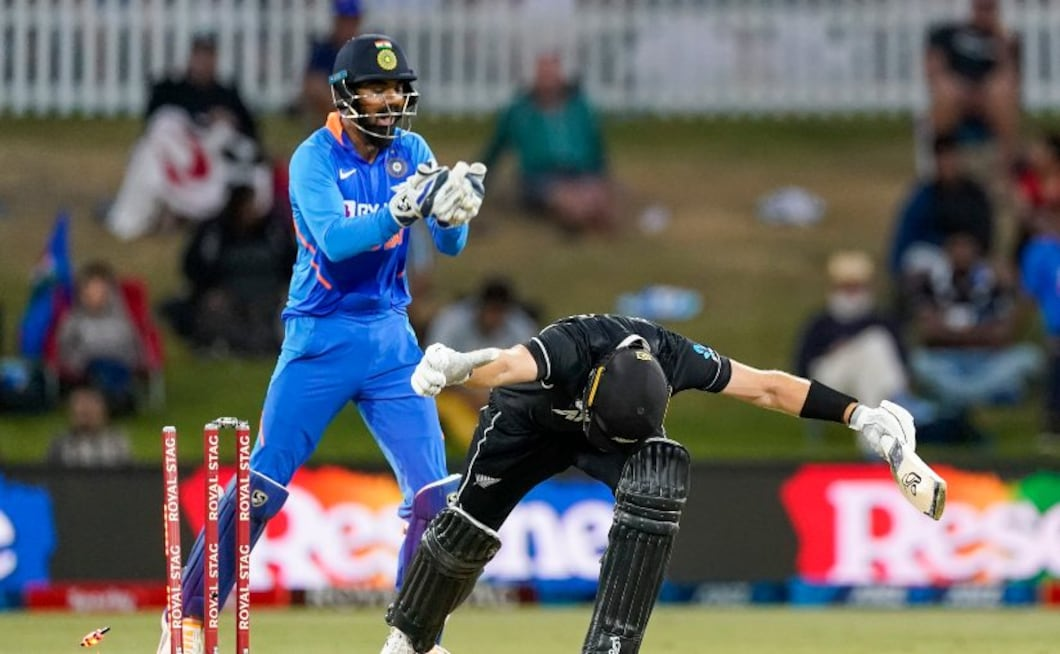 India's Yuzvendra Chahal bowls New Zealand's Martin Guptill during the third ODI between India and New Zealand. AP