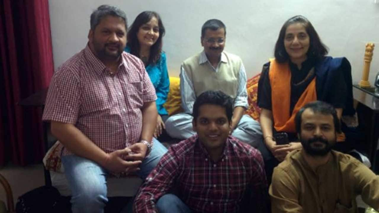 From involving whistleblowers to experts , brainstorming through Delhi Dialogue helped AAP employ citizen - centric approach encouraging self - governance