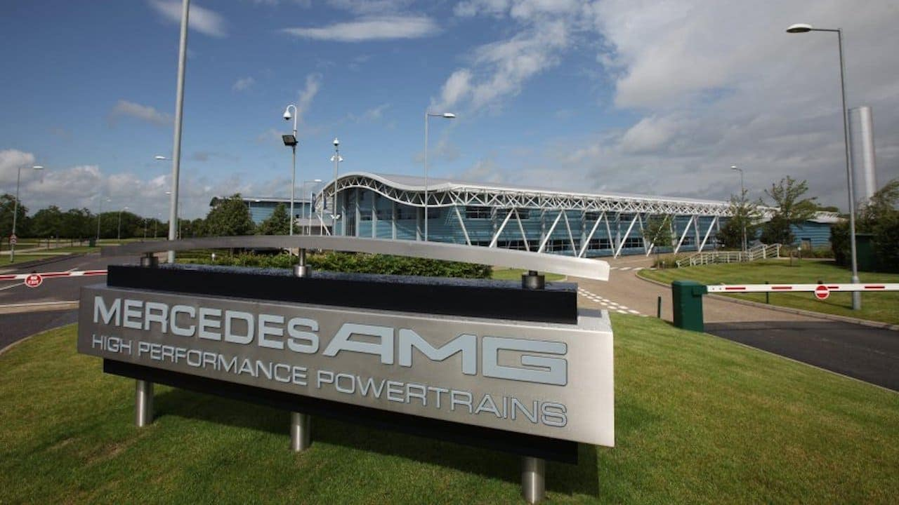 Mercedes-AMG F1 powertrain engineers are co-developing a breathing aid for COVID-19 patients
