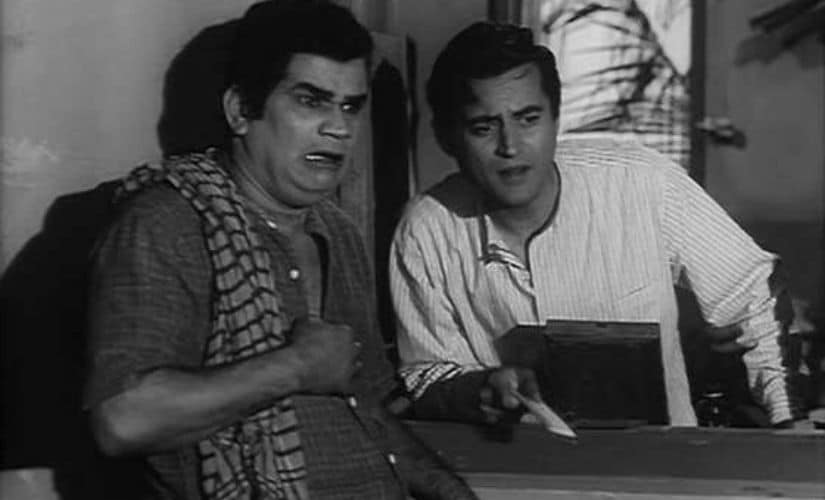 Guru Dutt (right) in a still from Sahib, Bibi aur Ghulam (1962)