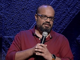 Mr Family Man: Praveen Kumar's comedy show is uncompelling, except for a short burst of multilingual wordplay