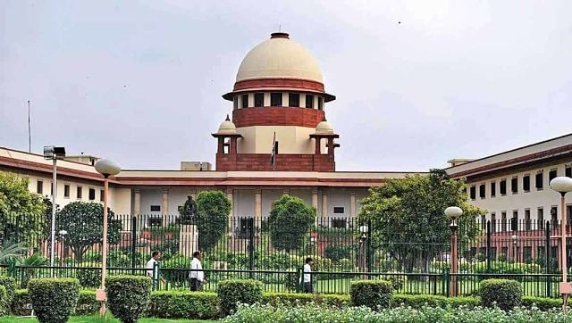 Supreme Court halts Future Retail's Rs 24,713 crore deal with Reliance on Amazon's plea