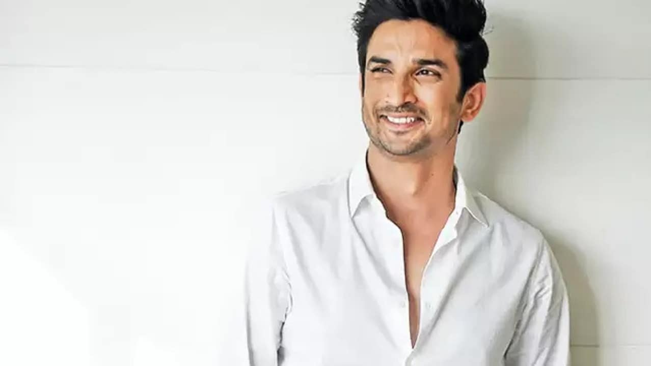 Bollywood: Late actor Sushant's sister remembers his brother  on Rakshabandhan