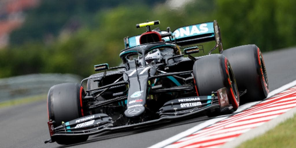 Bottas set a time of one minute 15.437 seconds on a cloudy morning at the Hungaroring after Friday's rain, 0.42 quicker than si