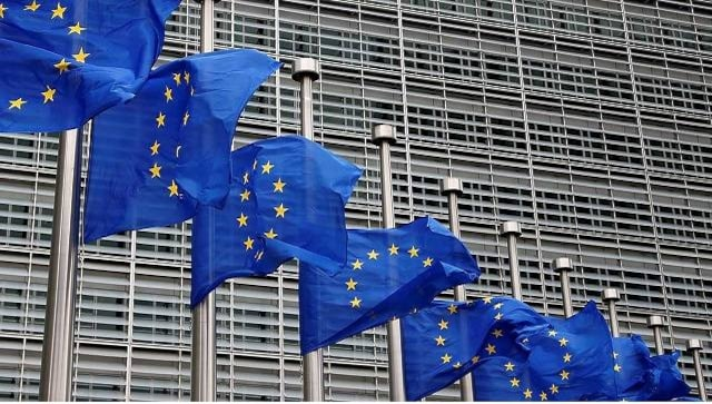 COVID vaccine patent waiver no 'magic bullet', says EU; urges US to lift ban on exports instead