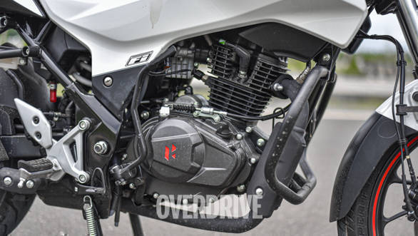 The all-new single-cylinder 163cc, air-cooled, fuel-injected, two-valve engine has been developed in-house by Hero MotorCorp.