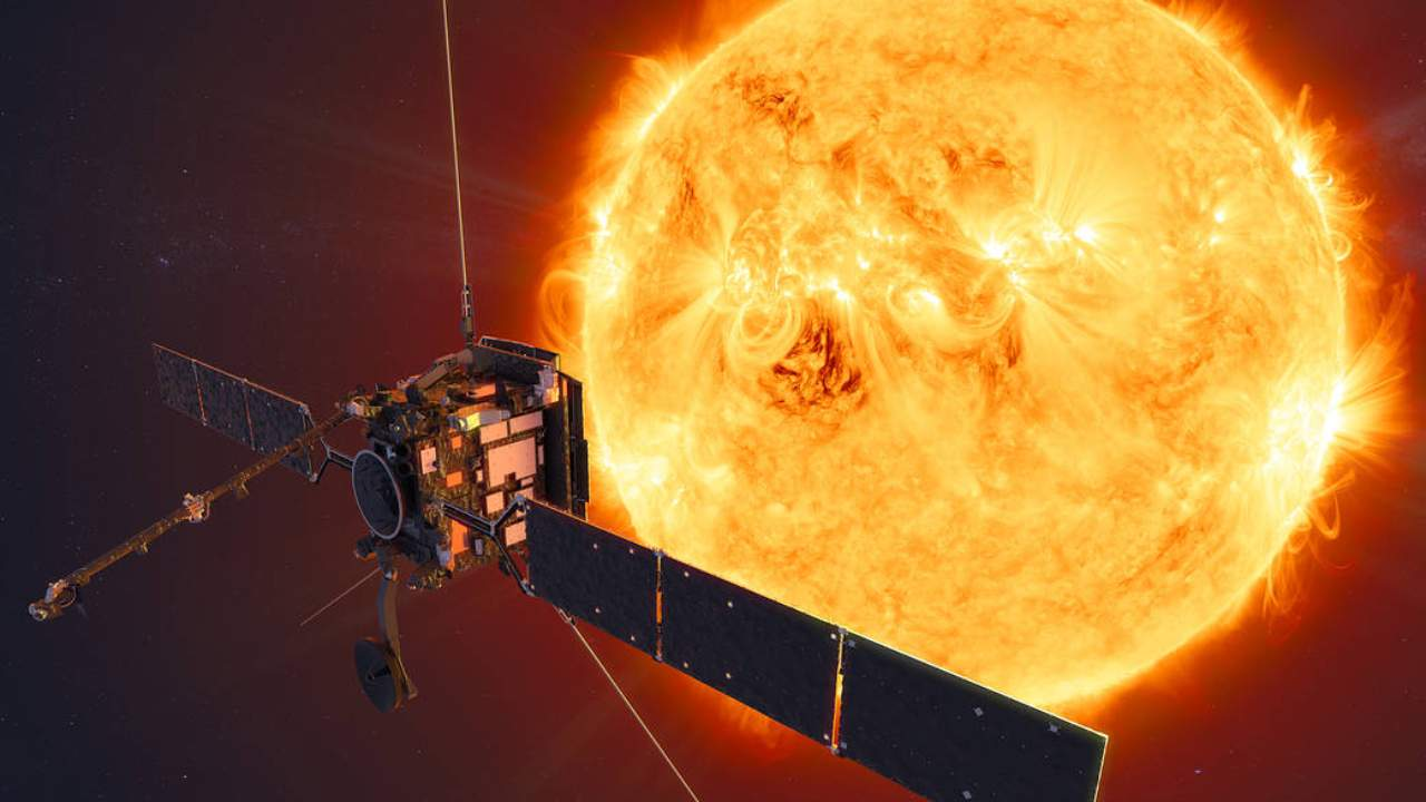 NASA-ESA Solar Orbiter mission spots 'campfires' in closest images of the Sun ever captured- Technology News, Firstpost