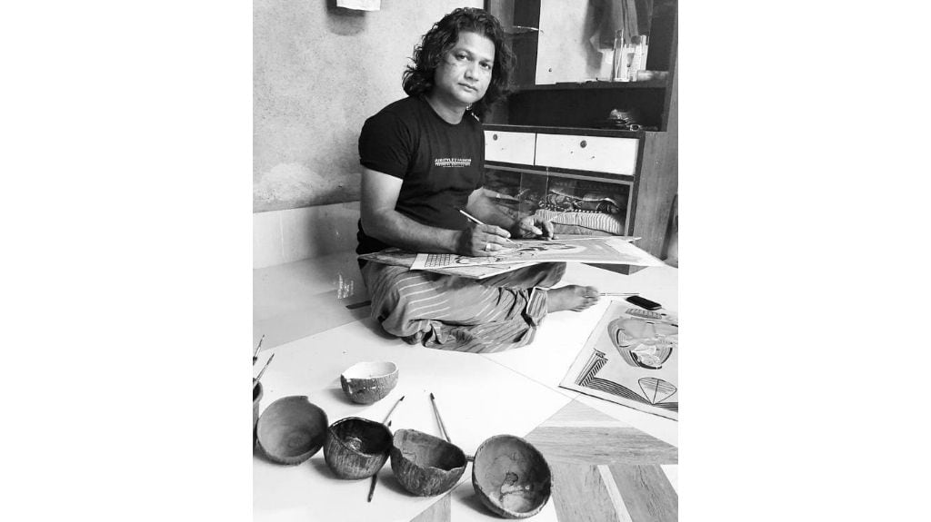 Anwar Chitrakar. Photo courtesy Emami Art Gallery.