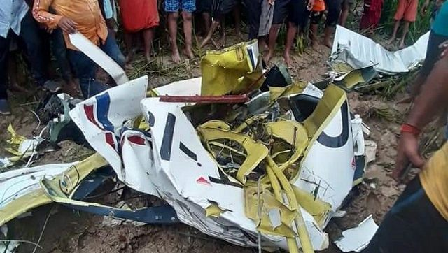 Pilot dies as four-seater training aircraft crashes in Uttar Pradesh's Azamgarh – India News , Firstpost