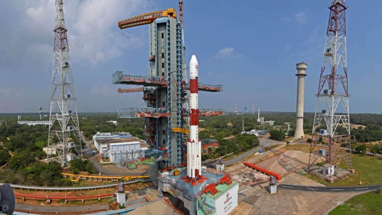 ISRO successfully launches its 42nd communication satellite aboard PSLV rocket- Technology News, Gadgetclock