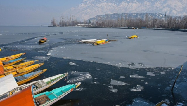 Dal Lake partially freezes, Srinagar records coldest night in 30 years at minus 8.4 degree Celsius