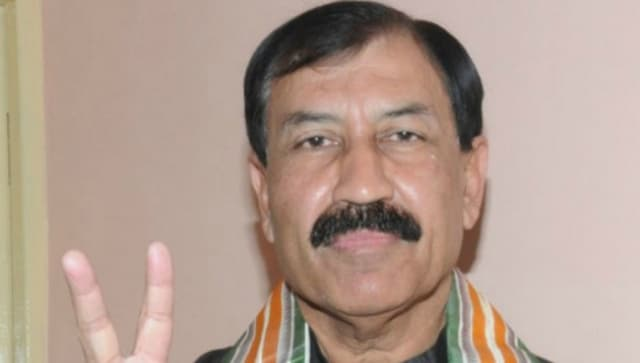 Disgruntled TMC MP Prasun Banerjee meets youth wing chief, says he is not leaving party