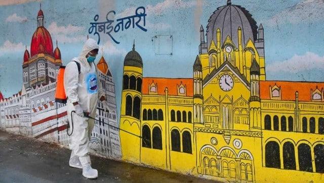 "COVID-19 crisis marginally eases in Mumbai; BMC figures show city has over 4,000 vacant beds, adequate oxygen-Health News , GadgetClock"""