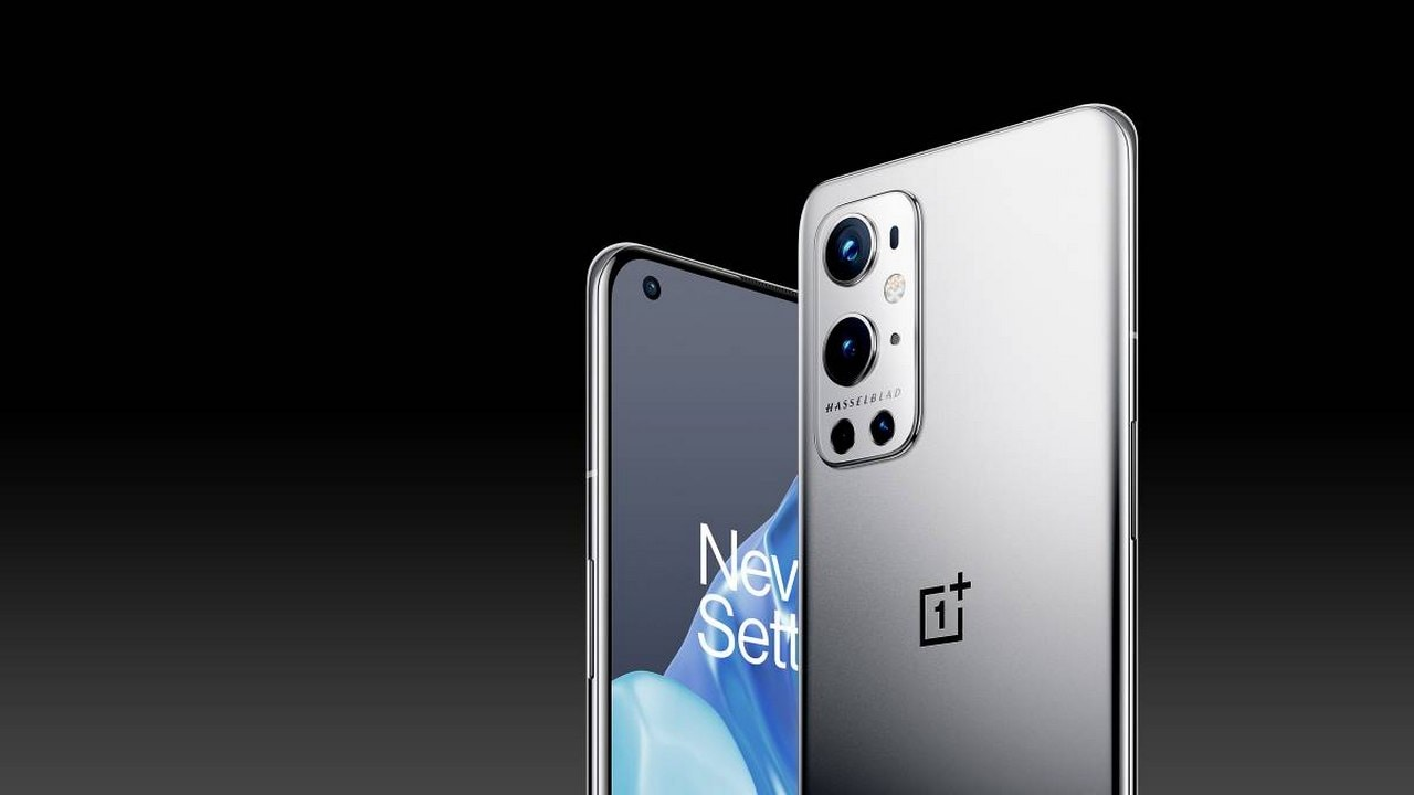 OnePlus 9R receives Oxygen OS 11.2.1.2 update with improved camera, security patch and more- Technology News, Firstpost