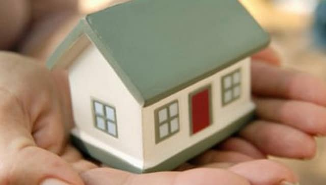 ICICI Bank cuts home loan rate to 6.70% at par with SBI; new rate available till 1 March