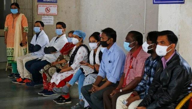 Coronavirus news updates: CoWin glitches cause crowding in Mumbai, delays in Goa; Rajnath, RS Prasad, Vardhan get shots