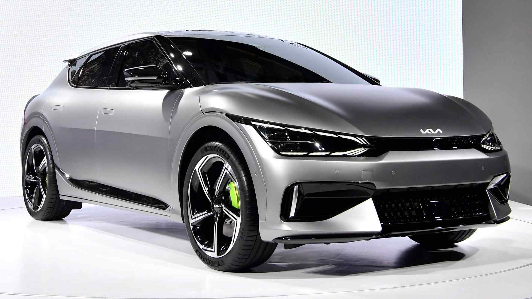 Kia EV6 GT electric crossover packs 585 hp, 0-100 kph time of 3.5 seconds and 260 kph top speed- Technology News, Firstpost