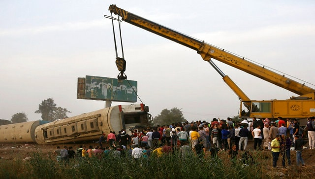 Around 100 injured in Egypt after passenger train travelling to Mansoura derails north of Cairo