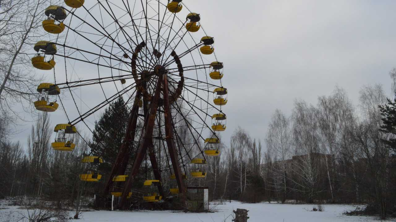 The Pripyat amusement park is an abandoned park, located in Pripyat, that was supposed to have a grand opening on 1 May, 1986. However, plans were cancelled after the explosion took place a few kilometres away. The abandoned carousel is still left standing in the park as a chilling reminder of the disaster. Image credit: Ian Bancroft/Flickr