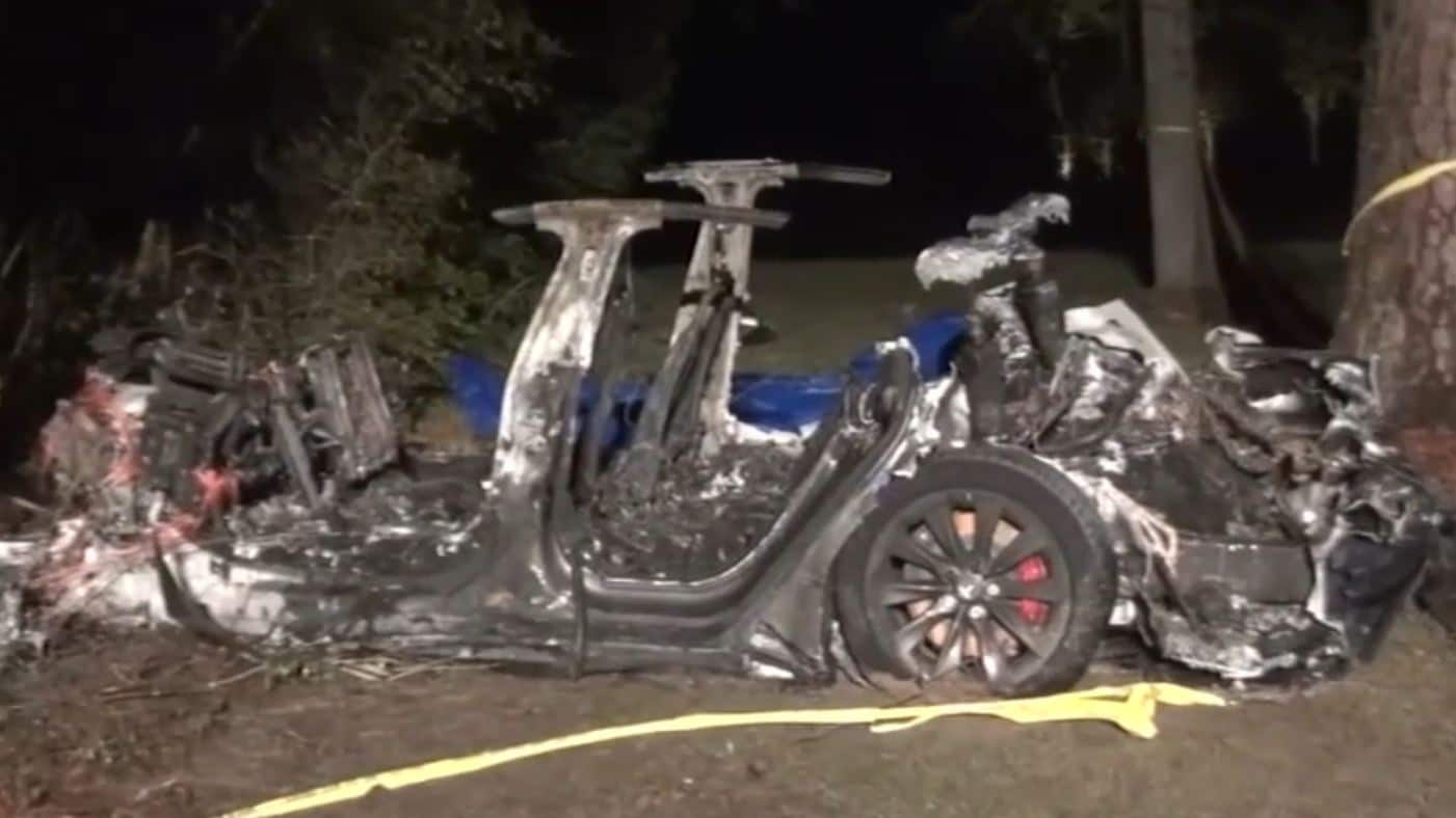 Deputies said the car was travelling fast and failed to navigate a turn before running off the road, hitting a tree and bursting into flames. Image: ABC-13