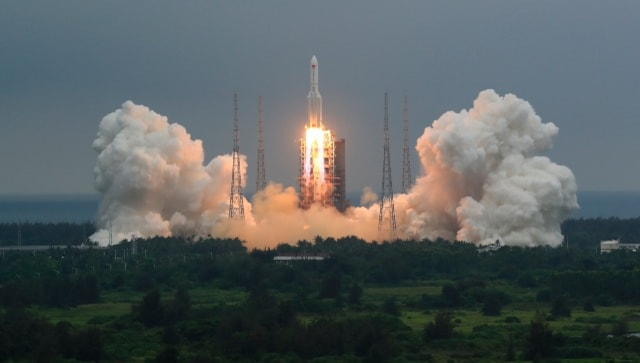 Debris from China's 'Long March' rocket disintegrates over Indian Ocean, lands near Maldives