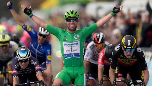 Tour de France 2021: Mark Cavendish wins 10th stage to inch closer to Eddy Merckx's all-time record