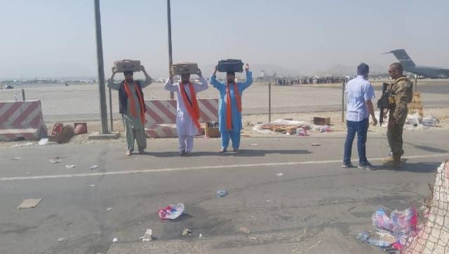 अफगानिस्तान निकासी: 46 अफगान सिखों में से तीन गुरु ग्रंथ साहिब, हिंदू आज भारत में उतर रहे हैं