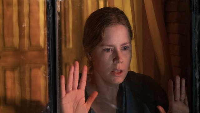With a languishing Amy Adams, The Woman in the Window poses as a good pandemic watch — without being one