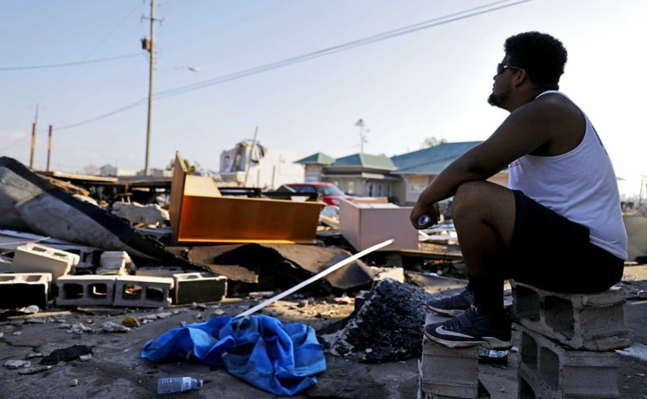 Nearly 1,90,000 homes and businesses remained without power in Southeast US, with residents of battered coastal towns forced to cook on fires and barbecue grills. AP
