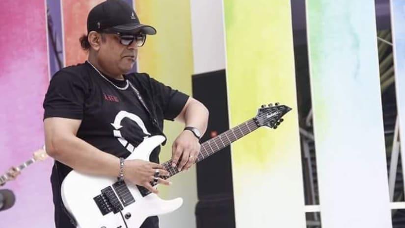 Ayub Bachchu, popular Bangladeshi singer-songwriter and guitarist, dies at 56 after heart failure
