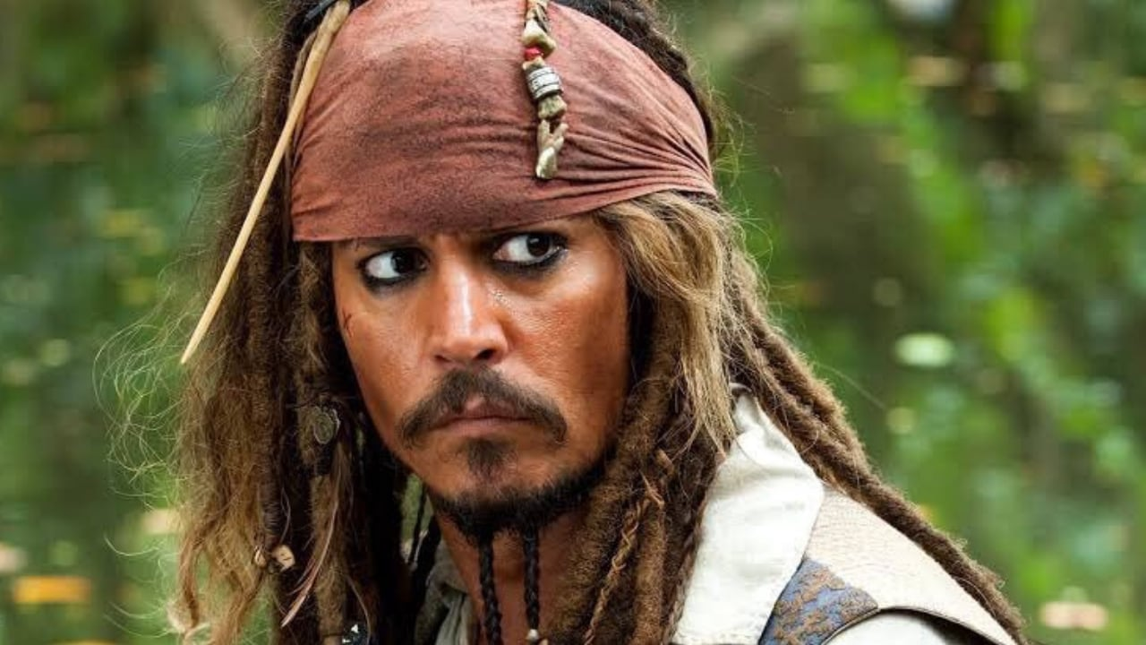 Johnny Depp as Captain Jack Sparrow in Pirates of the Carribean franchise. image via Twitter