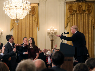 Expert says video of CNN reporter Jim Acosta distributed by White House was doctored to make him look more aggressive
