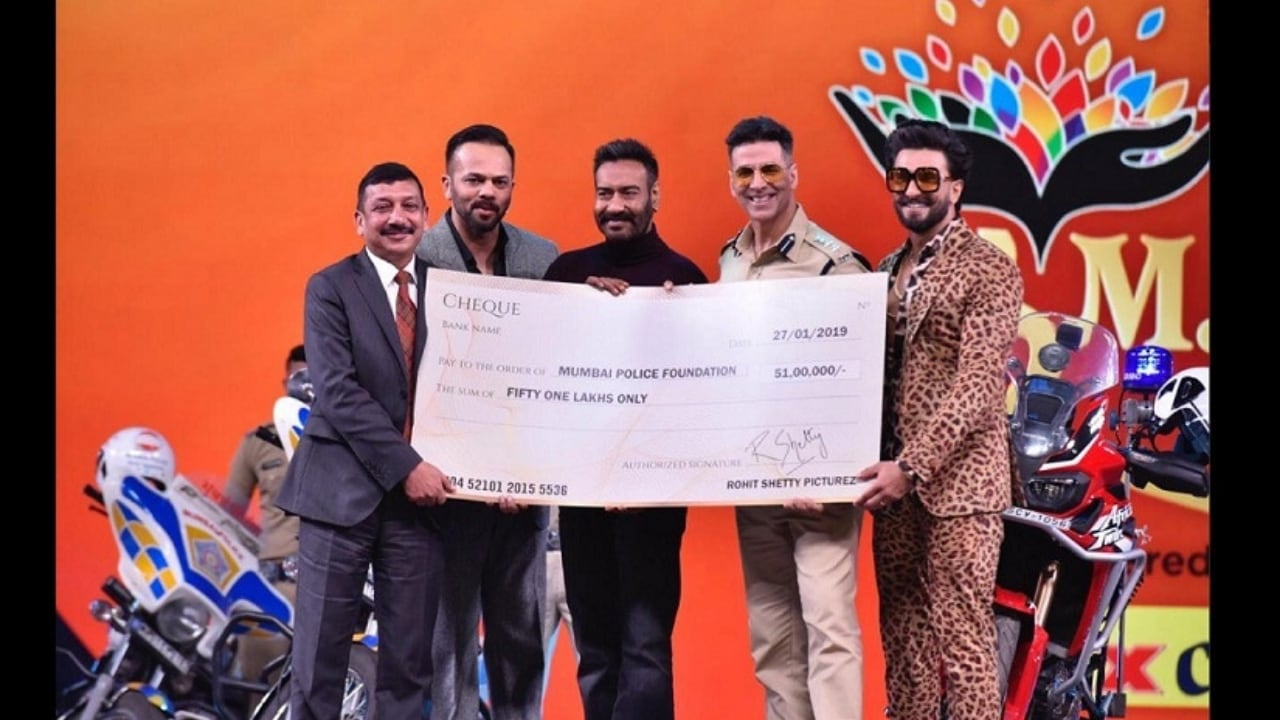 Rohit Shetty donates Rs 51 lakh from Simmba earnings to Mumbai Police welfare fund at Umang 2019